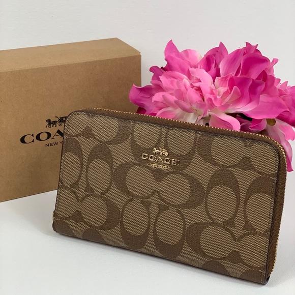 Coach Handbags - Coach MD Zip Around Wallet